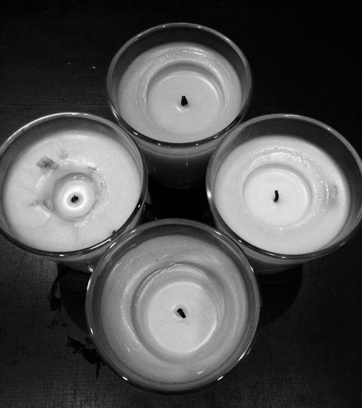 candles_B&W